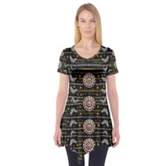 Pearls And Hearts Of Love In Harmony Short Sleeve Tunic