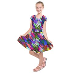 Tropical Jungle Print And Color Trends Kids  Short Sleeve Dress