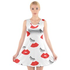 Smooch Pattern Design V Neck Sleeveless Skater Dress