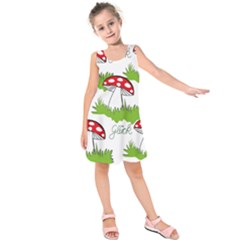 Mushroom Luck Fly Agaric Lucky Guy Kids  Sleeveless Dress