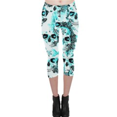 Cloudy Skulls White Aqua Capri Leggings