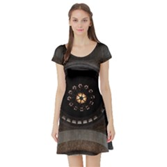 Pattern Design Symmetry Up Ceiling Short Sleeve Skater Dress