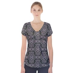 Line Geometry Pattern Geometric Short Sleeve Front Detail Top