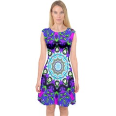 Graphic Isolated Mandela Colorful Capsleeve Midi Dress