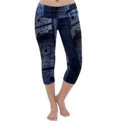 Graphic Design Background Capri Yoga Leggings