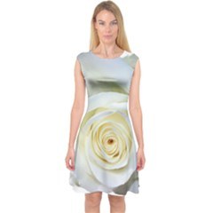Flower White Rose Lying Capsleeve Midi Dress