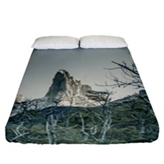 Fitz Roy Mountain, El Chalten Patagonia   Argentina Fitted Sheet (Queen Size)