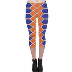Pattern Design Modern Backdrop Capri Leggings