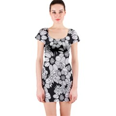 Mandala Calming Coloring Page Short Sleeve Bodycon Dress