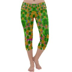 Jungle Love In Fantasy Landscape Of Freedom Peace Capri Yoga Leggings