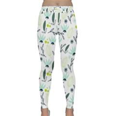 Hand drawm seamless floral pattern Classic Yoga Leggings