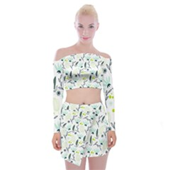 Hand drawm seamless floral pattern Off Shoulder Top with Skirt Set