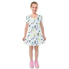 Hand drawm seamless floral pattern Kids  Short Sleeve Velvet Dress