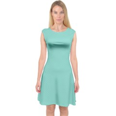 Tiffany Aqua Blue Puffy Quilted Pattern Capsleeve Midi Dress
