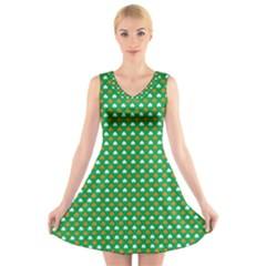 Orange & White Heart-Shaped Clover on Green St. Patrick s Day V-Neck Sleeveless Skater Dress