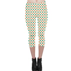 Orange And Green Heart-Shaped Shamrocks On White St. Patrick s Day Capri Leggings