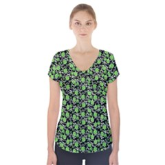 Roses pattern Short Sleeve Front Detail Top