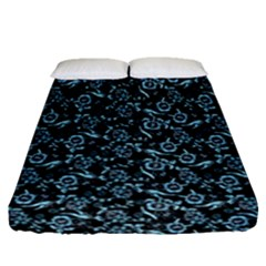 Roses pattern Fitted Sheet (Queen Size)
