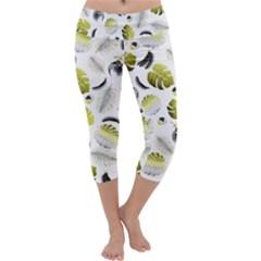 Tropical pattern Capri Yoga Leggings