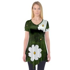 Daisies In Green Short Sleeve Tunic