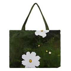 Daisies In Green Medium Tote Bag