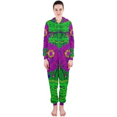Summer Flower Girl With Pandas Dancing In The Green Hooded Jumpsuit (ladies)