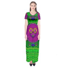 Summer Flower Girl With Pandas Dancing In The Green Short Sleeve Maxi Dress