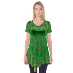 Summer Landscape In Green And Gold Short Sleeve Tunic