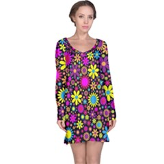 Bright And Busy Floral Wallpaper Background Long Sleeve Nightdress