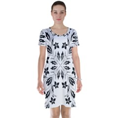 Floral Element Black White Short Sleeve Nightdress