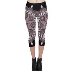 Ornate mandala Capri Leggings
