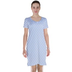 Alice Blue Quatrefoil in an English Country Garden Short Sleeve Nightdress