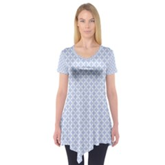 Alice Blue Quatrefoil in an English Country Garden Short Sleeve Tunic