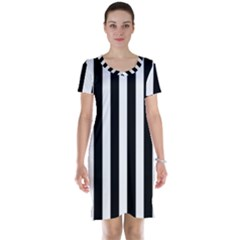Classic Black and White Football Soccer Referee Stripes Short Sleeve Nightdress