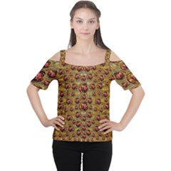 Angels In Gold And Flowers Of Paradise Rocks Women s Cutout Shoulder Tee