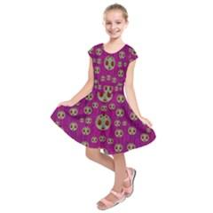 Ladybug In The Forest Of Fantasy Kids  Short Sleeve Dress