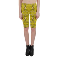 Stars And Flowers In The Forest Of Paradise Love Popart Cropped Leggings