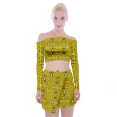 Stars And Flowers In The Forest Of Paradise Love Popart Off Shoulder Top with Skirt Set