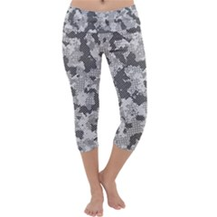 Camouflage Patterns Capri Yoga Leggings