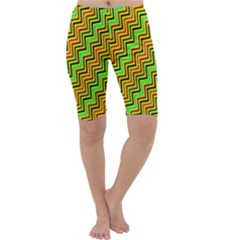 Green Red Brown Zig Zag Background Cropped Leggings