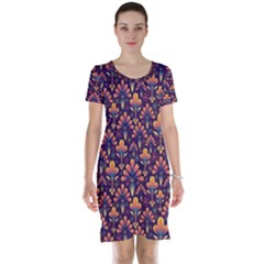 Abstract Background Floral Pattern Short Sleeve Nightdress