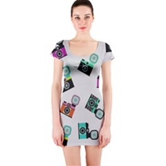 Old cameras pattern                        Short sleeve Bodycon dress