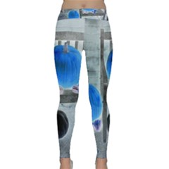 Pumpkins And Gourds Negative Classic Yoga Leggings
