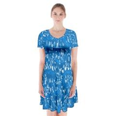 Glossy Abstract Teal Short Sleeve V-neck Flare Dress