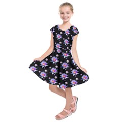 Flowers Pattern Background Lilac Kids  Short Sleeve Dress