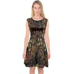 Wallpaper With Fractal Small Flowers Capsleeve Midi Dress