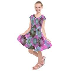 Floral Pattern Background Kids  Short Sleeve Dress
