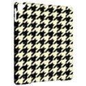 HOUNDSTOOTH2 BLACK MARBLE & BEIGE LINEN Apple iPad Pro 9.7   Hardshell Case View2