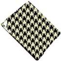 HOUNDSTOOTH2 BLACK MARBLE & BEIGE LINEN Apple iPad Pro 9.7   Hardshell Case View4