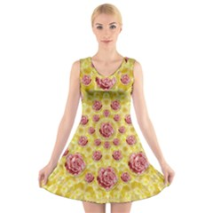 Roses And Fantasy Roses V Neck Sleeveless Skater Dress